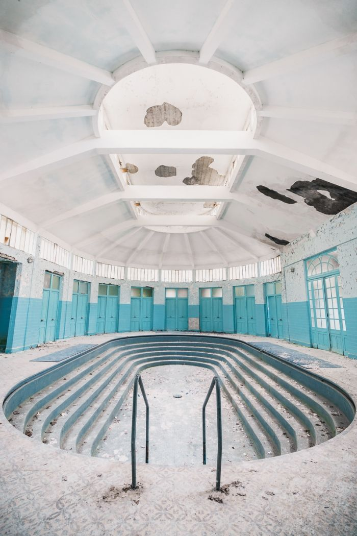 Thermes bleues
